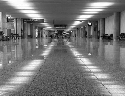Palma Airport bei Nacht.