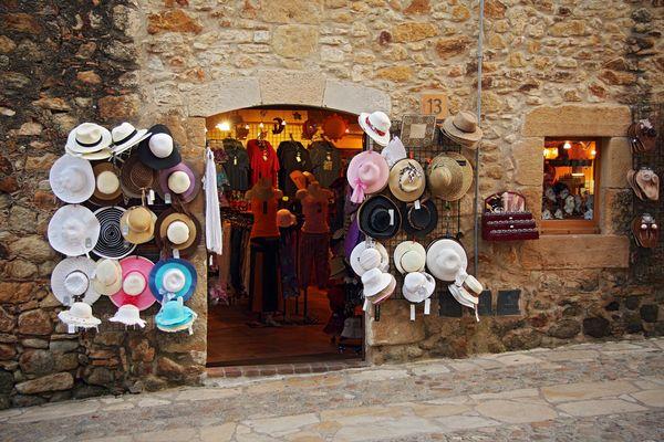 Pals V. Casa de sombreros... ¿medieval?