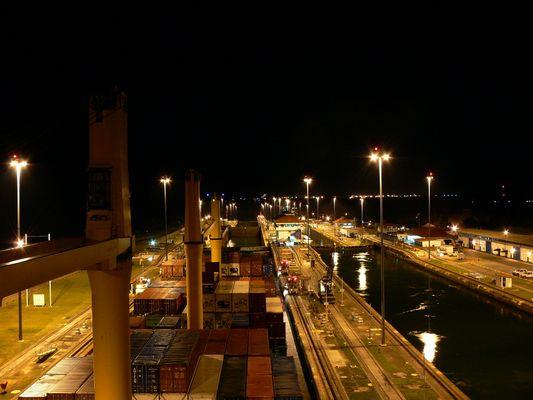 PANAMAKANAL - NONSTOP