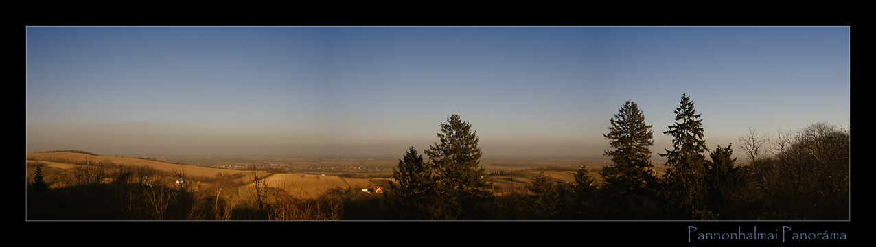 Pannonhalma Panorama / Ungarn