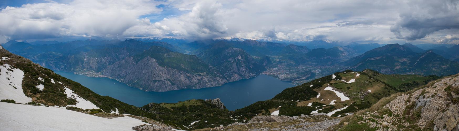Pano Gardasee vom Monte Altissimo