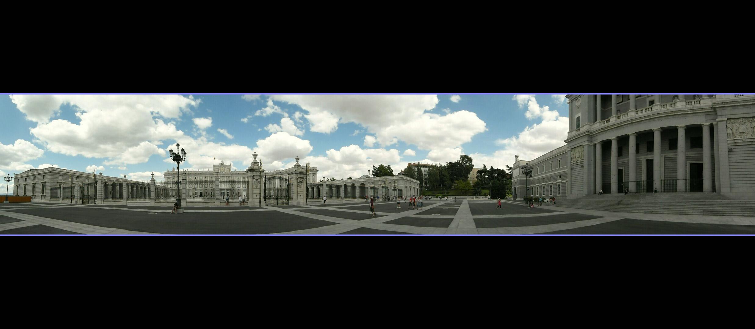 - Panorama del Palacio -