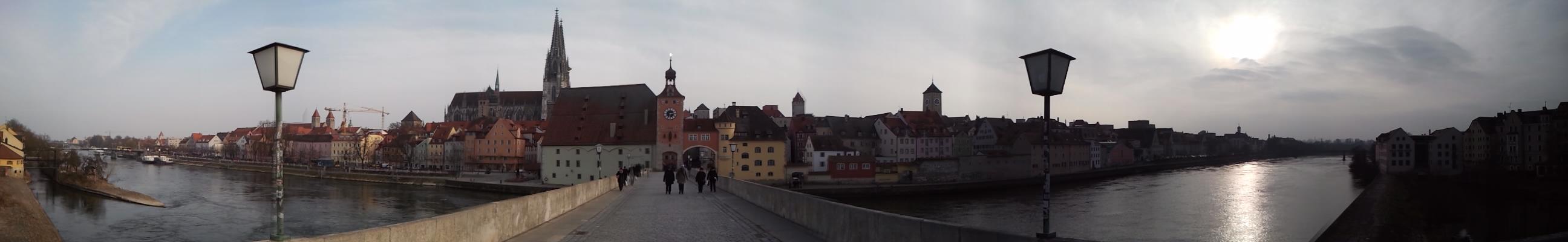 Panorama Regensburg (Steinerne Brücke)
