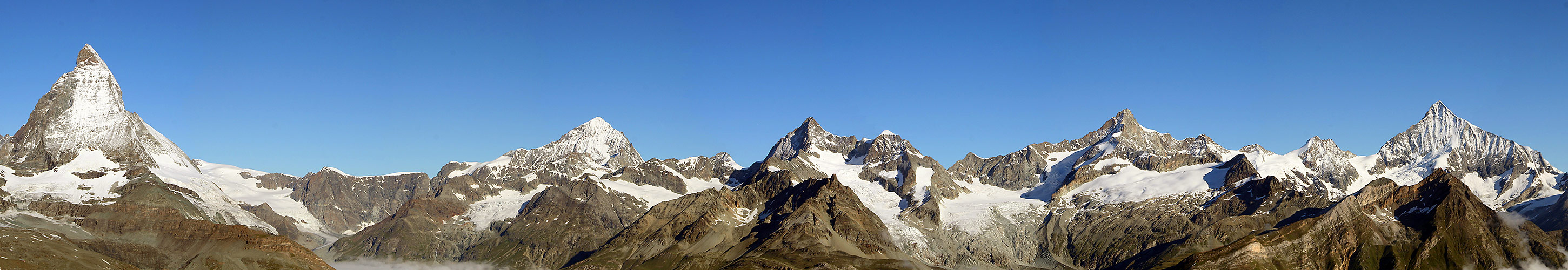 Panorama vom Matterhorn bis zum Weishorn vom Gornergrad aus