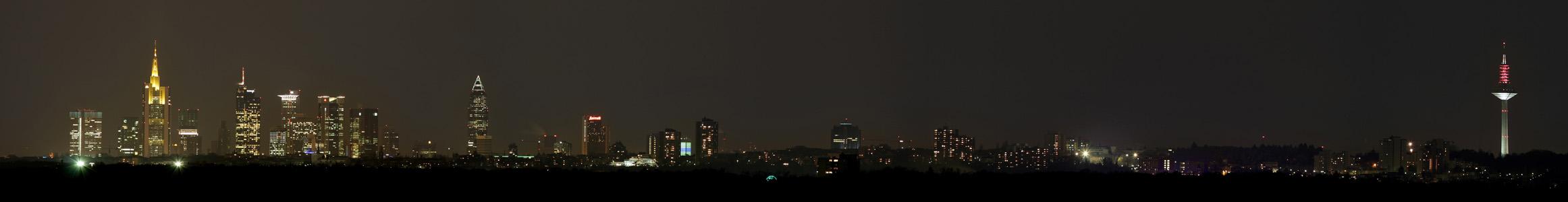 Panorama von Frankfurt am Main @night
