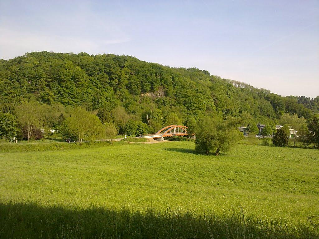 Panoramablick Richtung Kreuznaaf. Aggerbrücke im Bildmittelpunkt. Sonntag, 04. Mai 2014