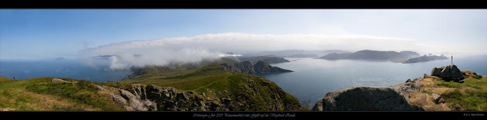 Panoramablick vom Gipfel auf der Vogelinsel Runde