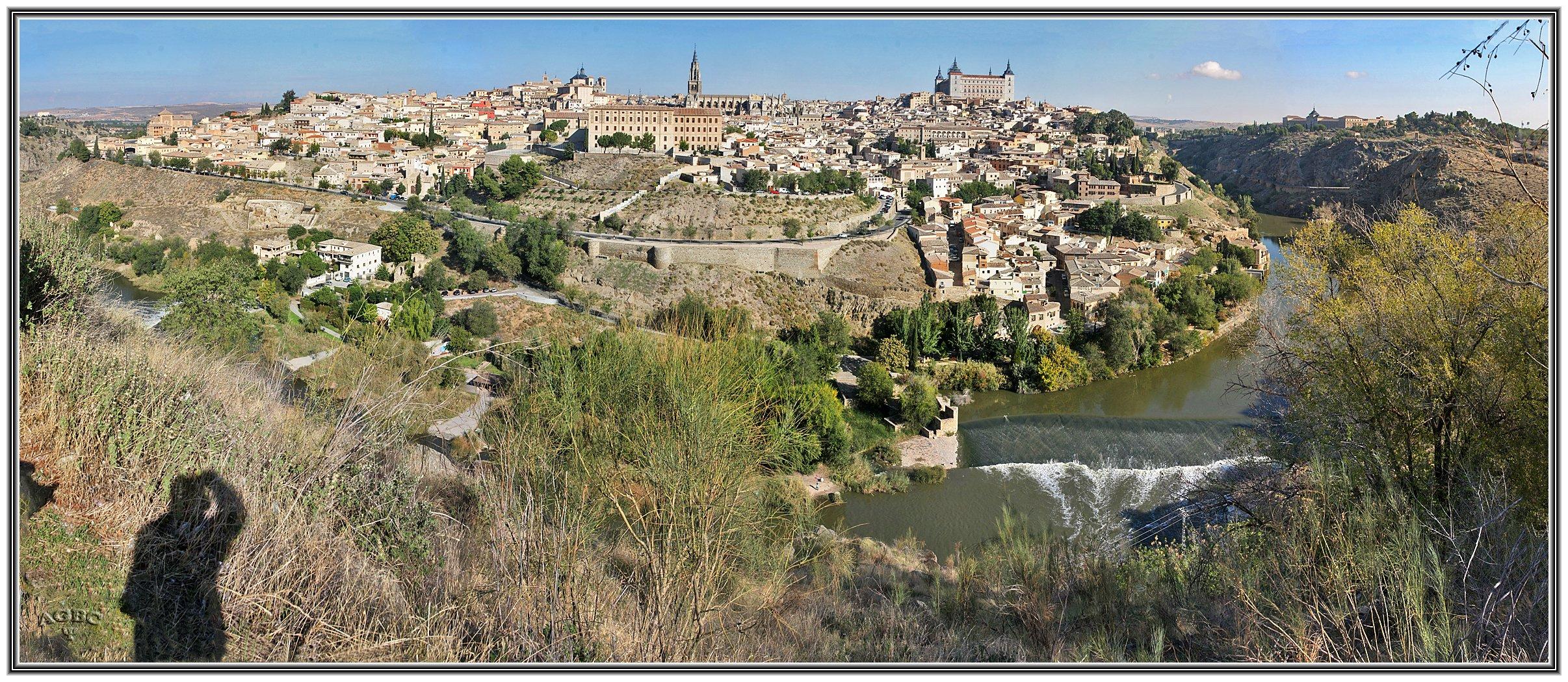Panorámica atípica de Toledo y rio Tajo. Panorámica (21 Img) GKM5-II