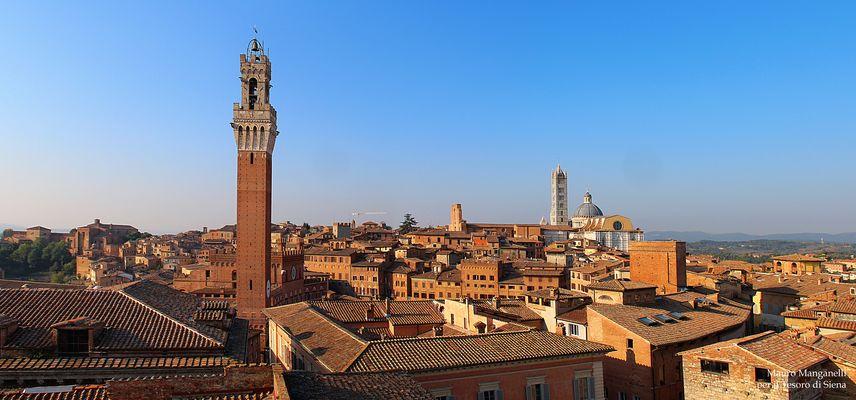 Panoramica di Siena dalla Torretta del Rettorato