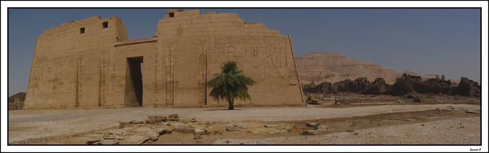 Panoramique du temple d'Horus Médinet Abou