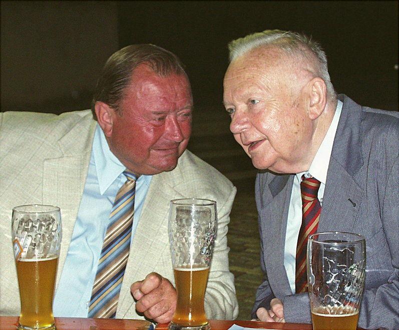 """Papa Theo"" und ""Onkel Albert"" ..."