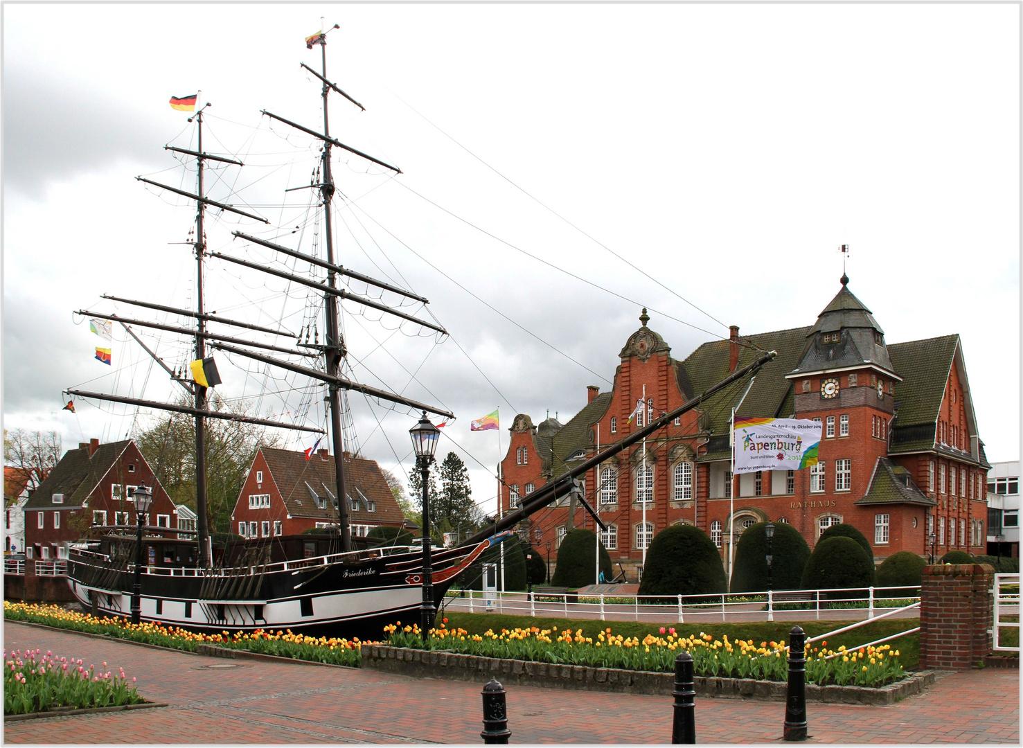 Papenburg an der Ems ... das Rathaus