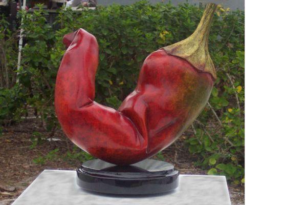 Paprika in Bronze gegossen
