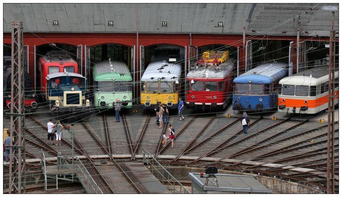 Parade der Schienenbusse