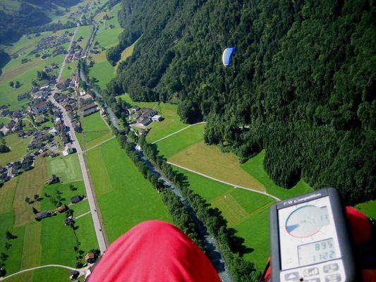 Paragliding im Engelberger Tal
