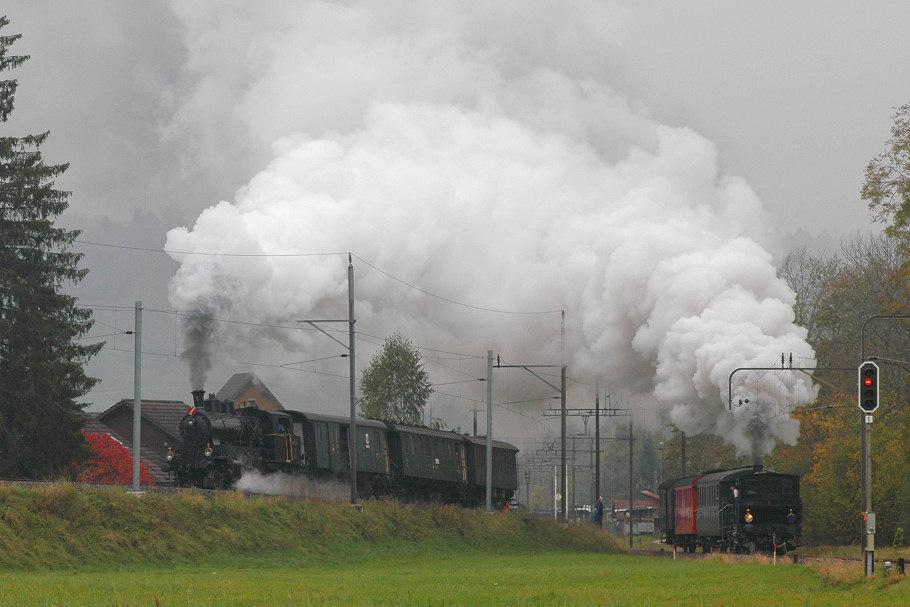 Parallelausfahrt im Nebel - Vorgängerfoto frisiert, nun ohne Fotografen