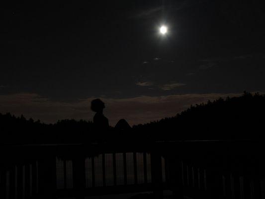 Parc de la gatineau nuit.