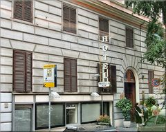 Parcometro a Roma accanto all`Hotel. Parking meter in Roma next the Hotel:-))