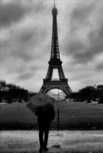 Parigi sotto la pioggia