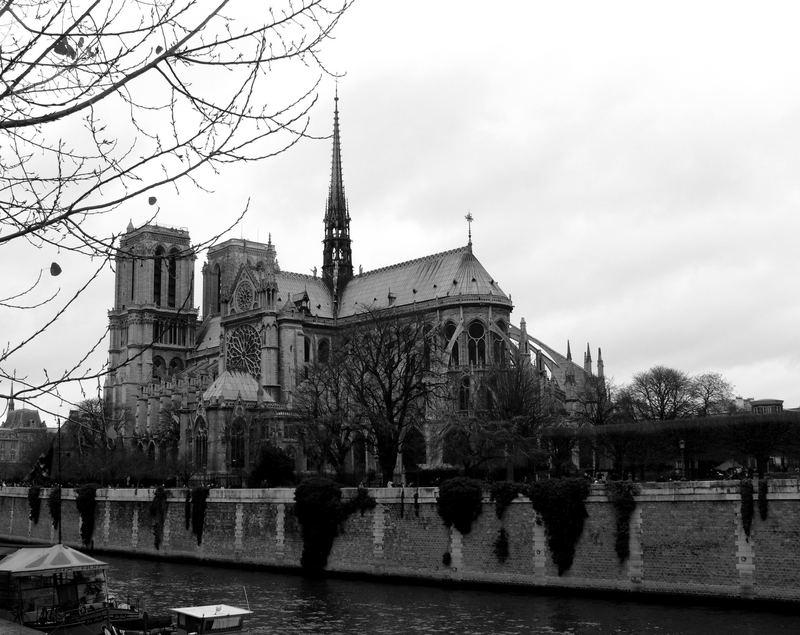 PARIS - 3 -
