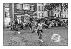 PARIS - Beaubourg - La course aux bulles.
