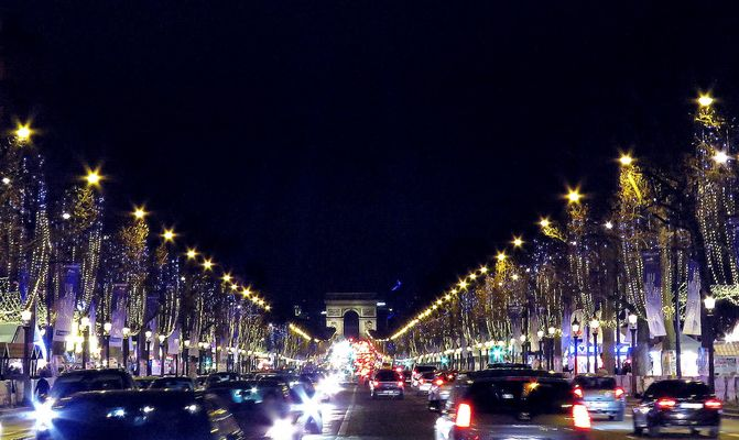 Paris by night : Champs Elysées