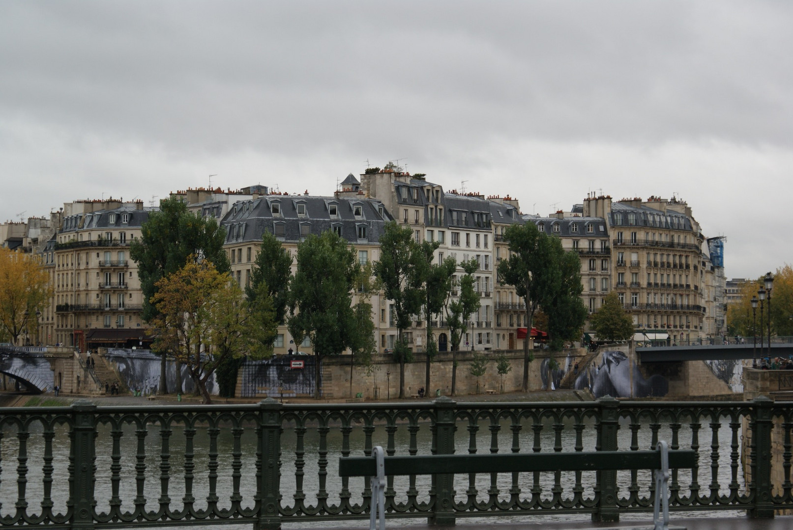 Paris - grauer Alltag