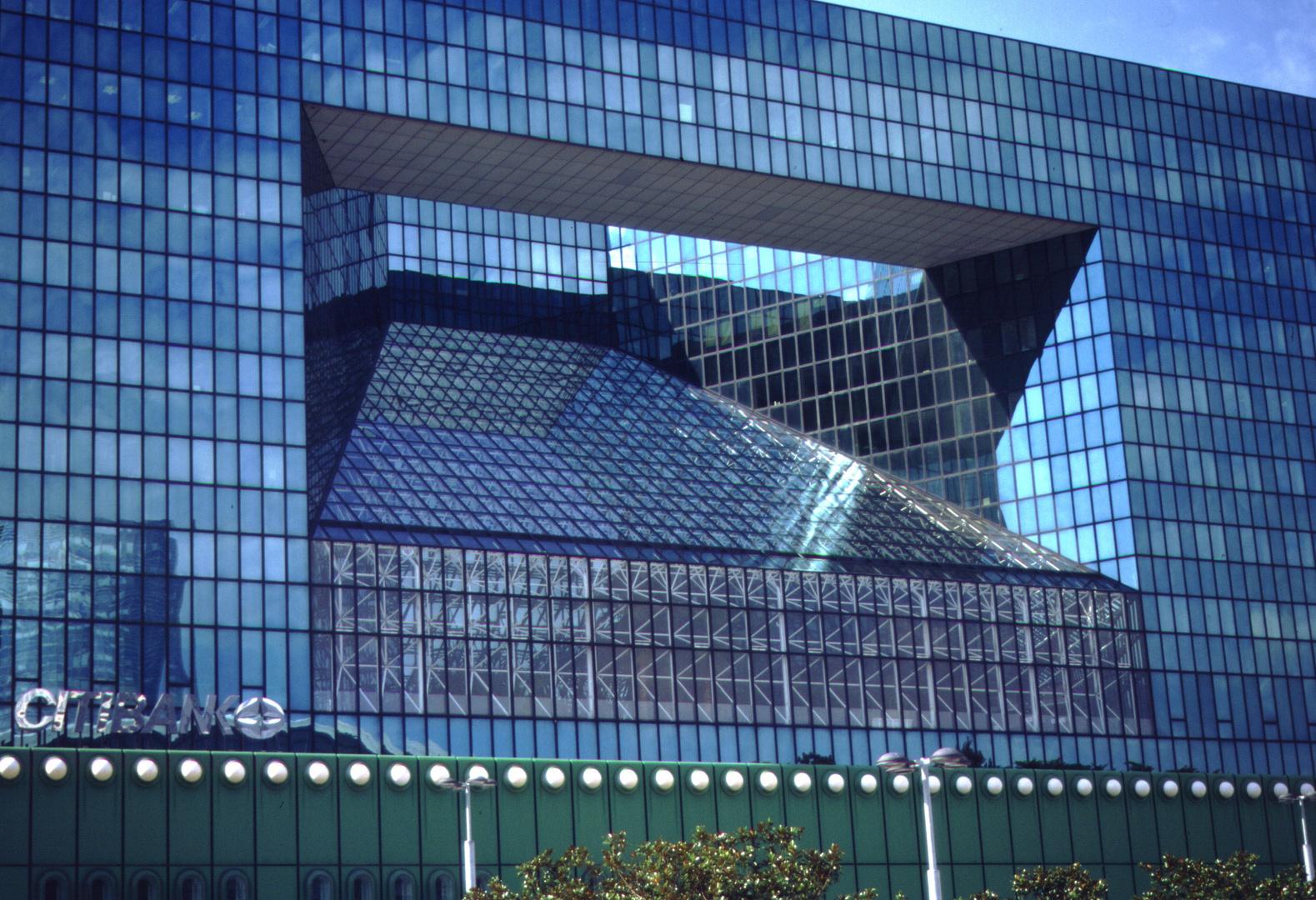 Paris, La Defense, Glasfront (1996-09)