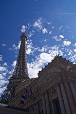 Paris? Las Vegas!
