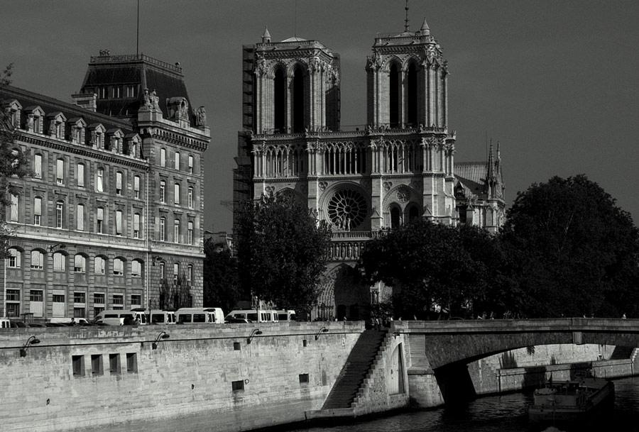 Paris noir.......