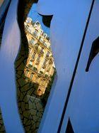 Paris reflect