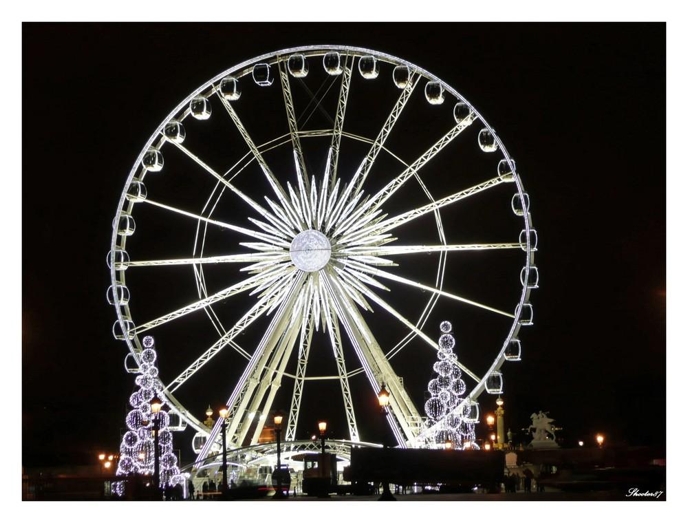 Paris revêt ses habits de Noël