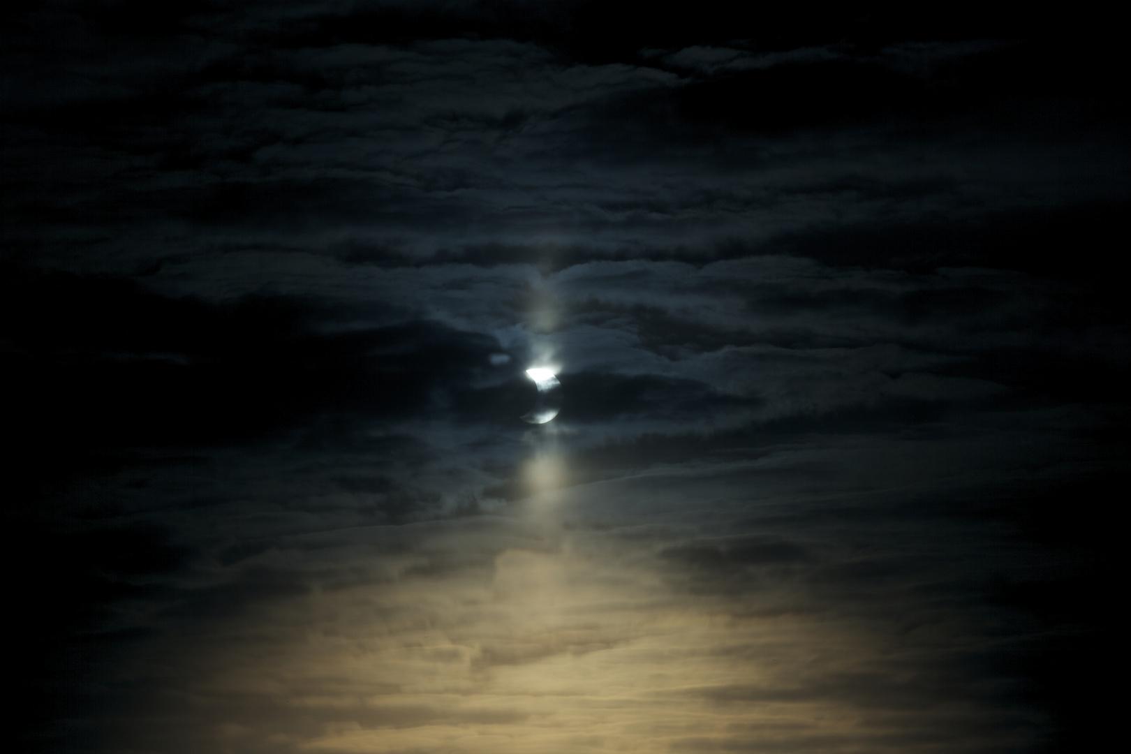 Partielle Sonnenfinsternis 4.1.2011 (1)