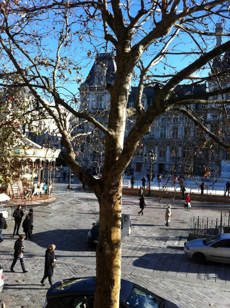 Parvis de l'Hôtel de Ville - Paris