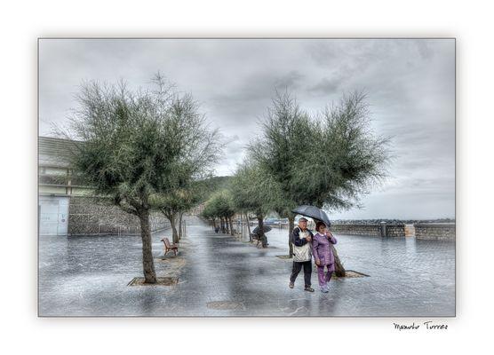 Paseando bajo la lluvia (para Koldo Soto)