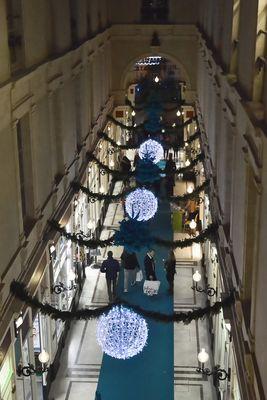 Passage Pommeraye, décoré au couleurs de Noël !