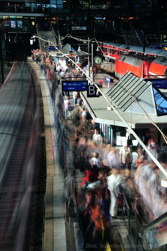 Passengers at main station in Hamburg, Germany