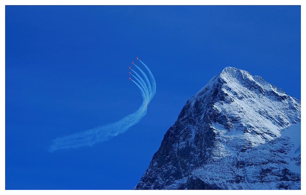 Patrouille Suisse am 80 Lauberhornrennen