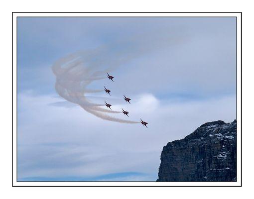 Patrouille Suisse auf der Axalp