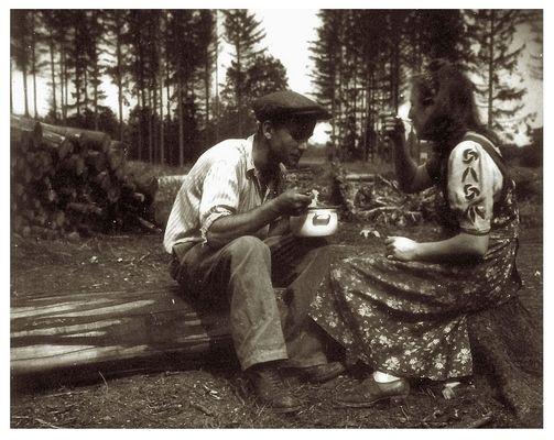 Pause beim Holzmachen...