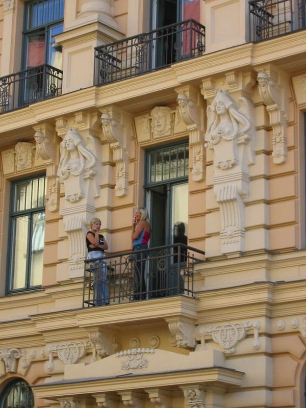 Pause in Riga