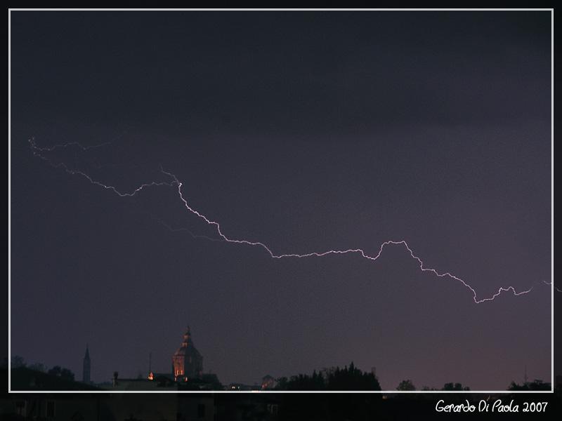Pavia... di notte