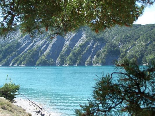 Paysage du Lac de Serre-Ponçon