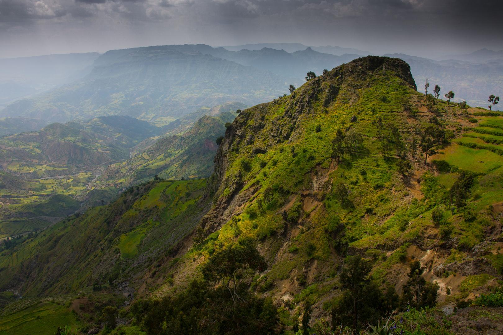 Paysage sur la route de Gondar à Lalibela.
