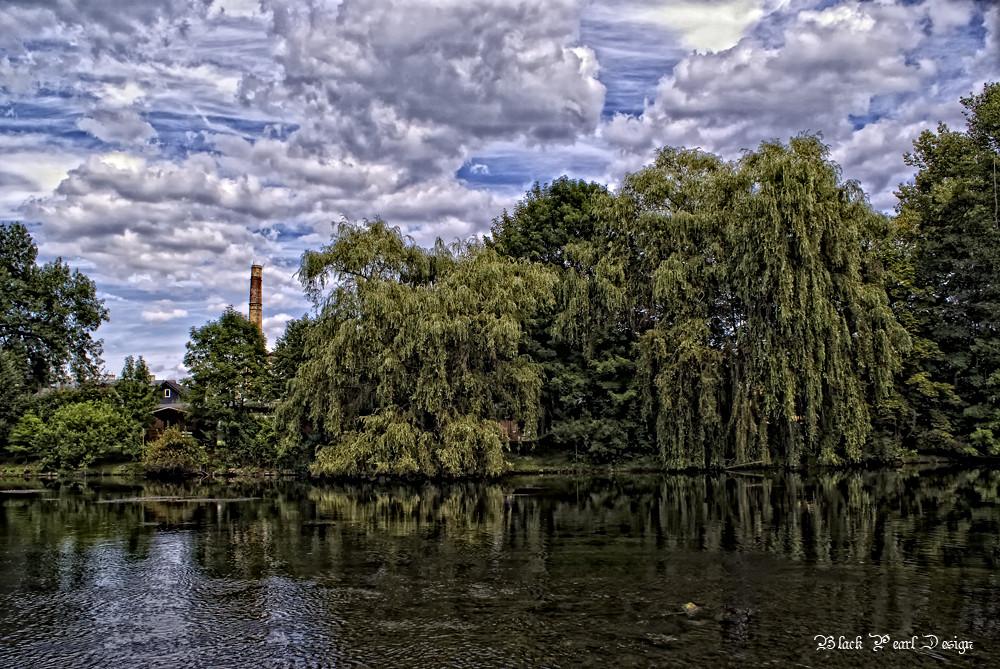 Pêche en rivière / an der Saale......