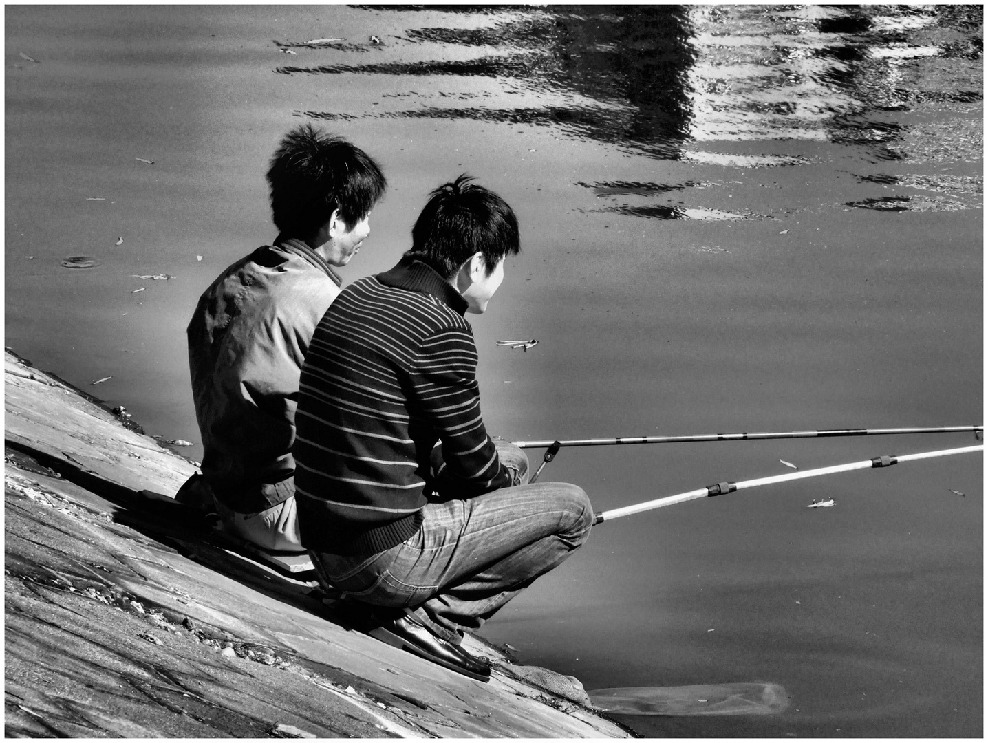 Pêcheurs en eaux calmes...