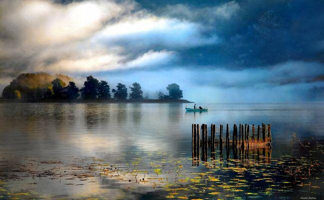 Pêcheurs sur le lac d'Aiguebelette