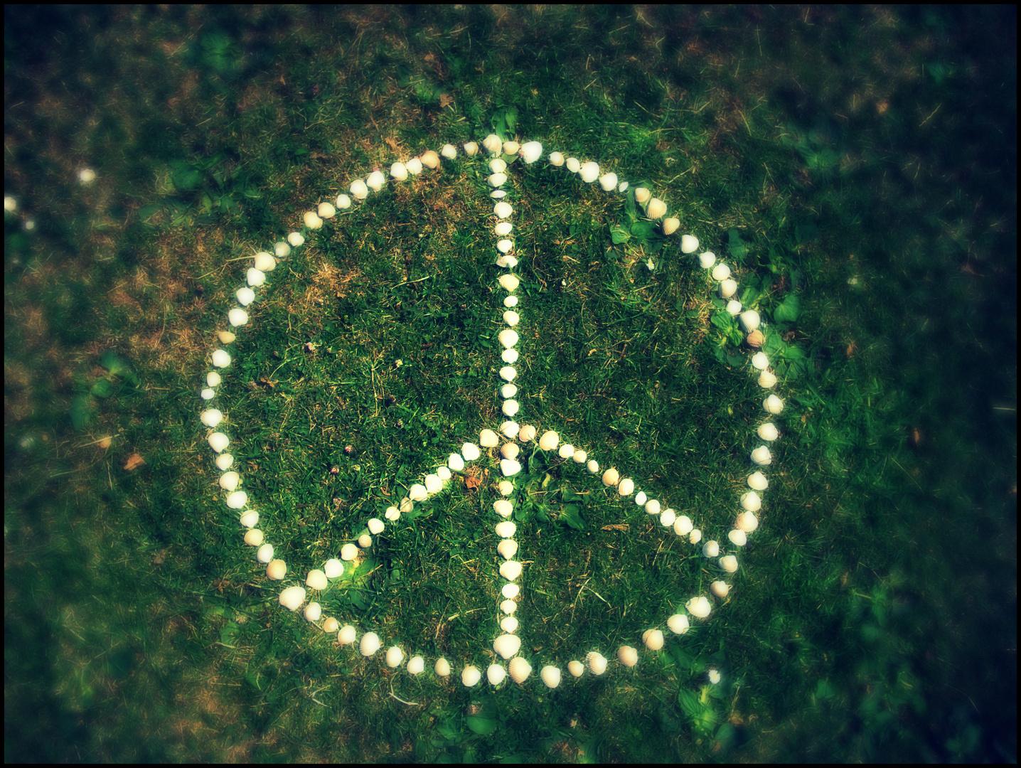 Peace'nd Love.! (: