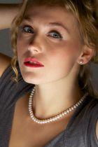 Pearls 7