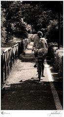 ...pedalando...
